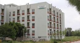 Kovid-19'la mücadelede görevli sağlıkçılar otel ve yurtlarda kalıyor