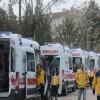 Sağlık çalışanları taleplerini 'ambulans' ile gönderdi