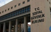 Sosyal Güvenlik Kurumu Başkanlığı Covid-19'u iş kazası statüsünden çıkarttı.