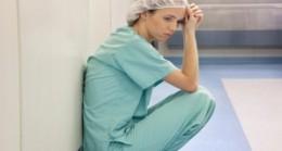 Sağlık kurumlarında Mobbing en çok hemşireye yapılıyor